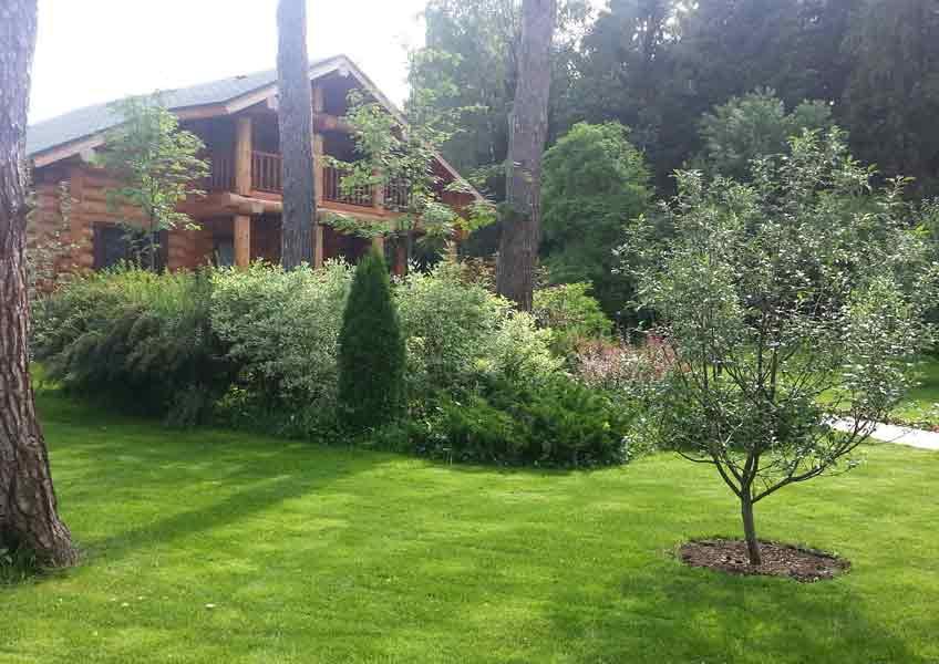 ландшафтные работы на участке в загородном доме