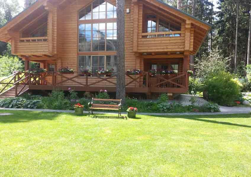 ландшафтный дизайн загородного дома - газон