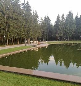 ландшафтный дизайн усадьбы с озером